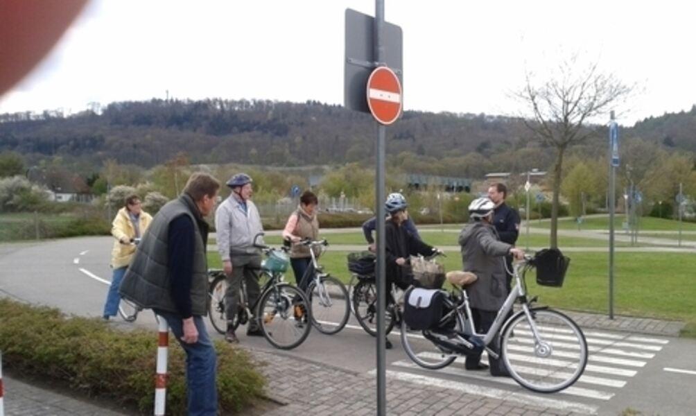 Image result for Radeln entlang der Weser