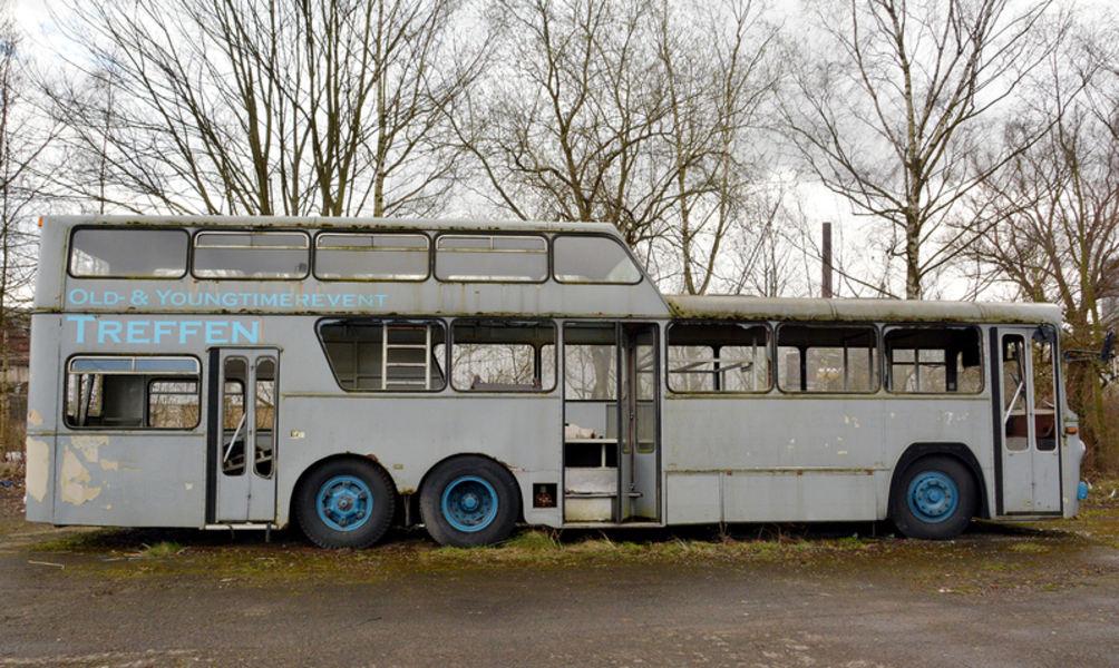 wann geht der bus auf seine letzte reise. Black Bedroom Furniture Sets. Home Design Ideas